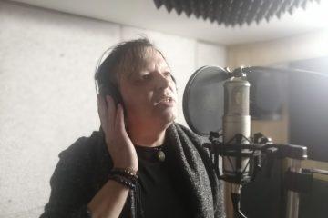 Brněnský zpěvák Johny B. Cooper